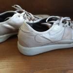 クラークスのスウェード靴やレザースニーカーの修理について